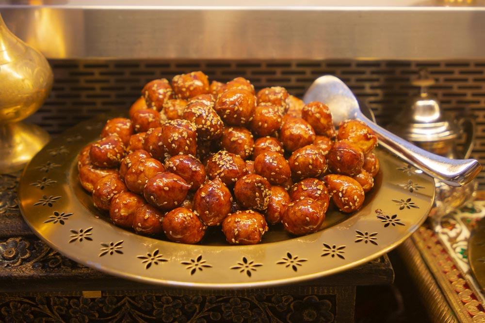 حلويات العيد مختلف أنحاء العالم shutterstock_1711276